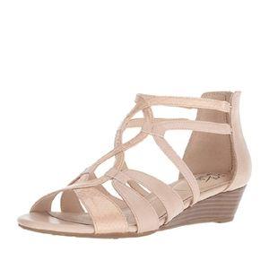 Lifestride size 6W,Women yatch wedge sandal